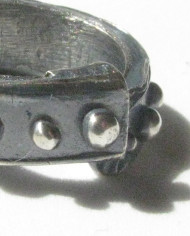 """Antiqued Sterling Silver """"Dot"""" Band Ring, Size 5"""