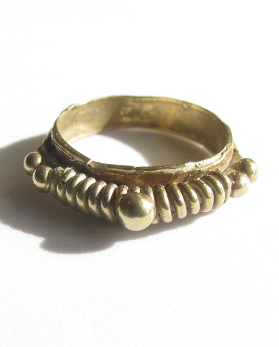 Bronze Coil Dot Ring, Size 6.25