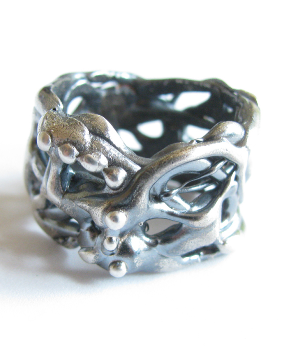 "Antiqued Sterling Silver ""Vine Dot"" Band Ring, Size 8"