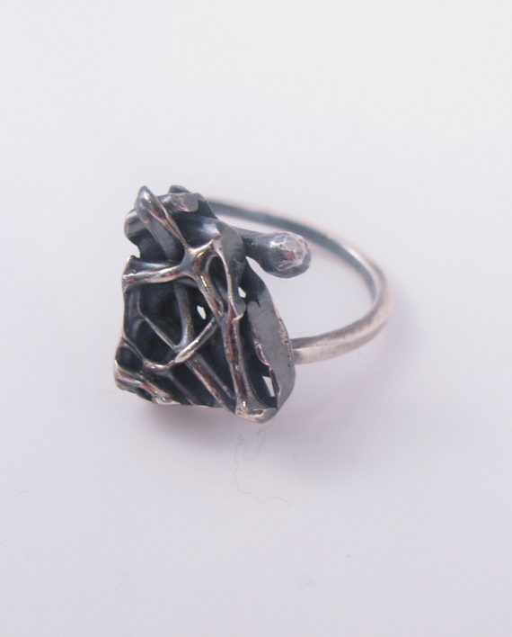 Antiqued Sterling Silver Abstract Offset Large Vine Ring with Wave Band, Size 7.5