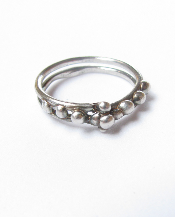 Antiqued Sterling Silver Double Band Dot Ring, Size 8