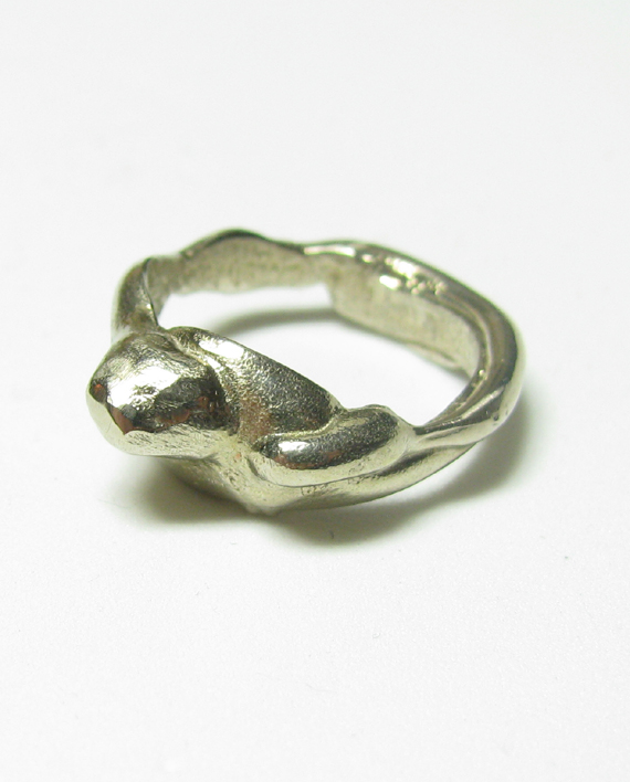 White Bronze Pillar Ring, Size 6